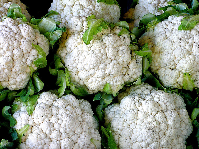Snack Swap: Switch Your Rice And Grains For Paleo Friendly Cauliflower Rice